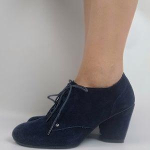 dr.Scholl's blue suede booties mid heel 7.5